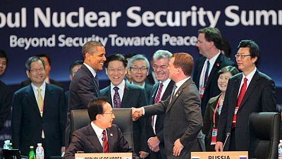 Obama ofrece a Putin negociar el escudo antimisiles después de las elecciones de noviembre