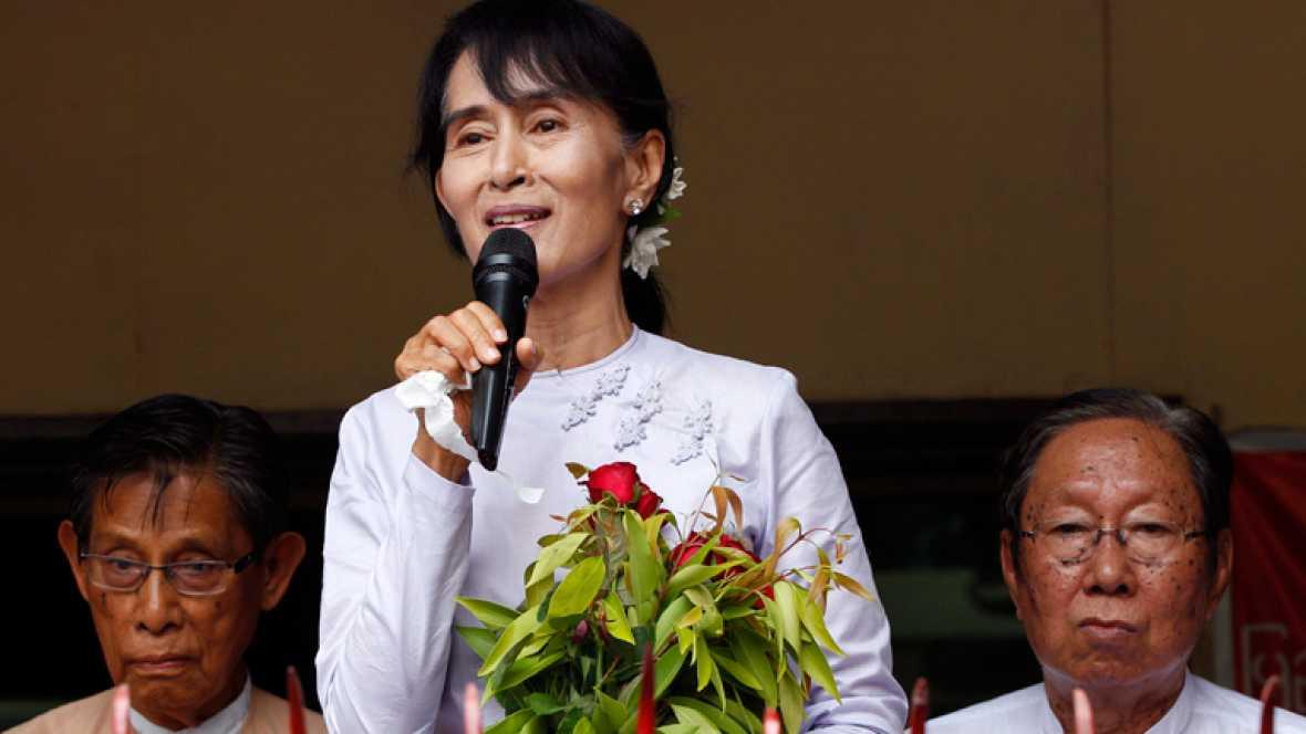 El partido de Aung San Suu Kyi ha proclamado su victoria en las elecciones legislativas