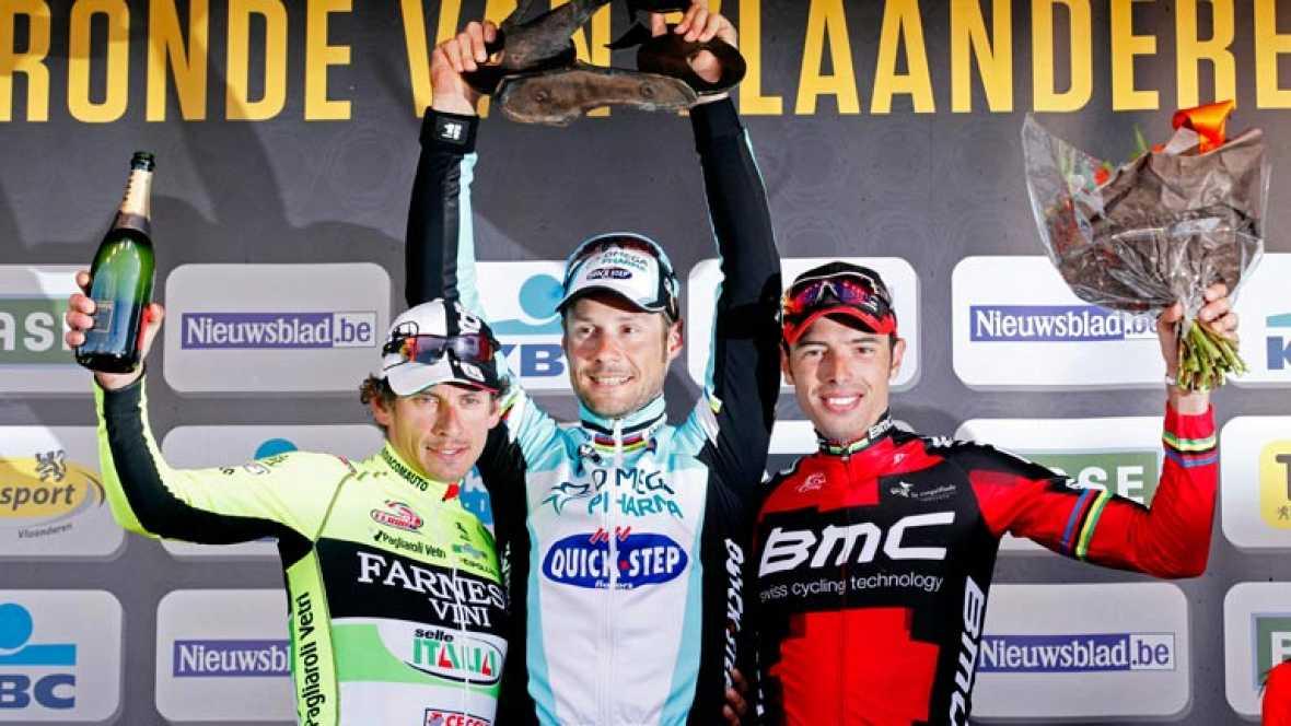 El belga Tom Boonen, corredor del Omega, cumplió los pronósticos y se alzó con el triunfo en el Tour de Flandes, tras imponerse al sprint a sus compañeros de escapada los italianos Filippo Pozzato, segundo, y Alessandro Ballan tercero.
