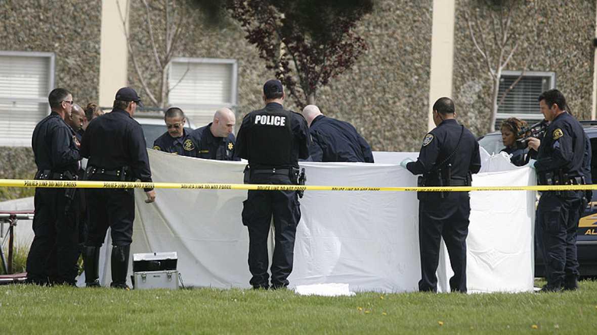 Siete muertos en un tiroteo en una universidad de Oakland