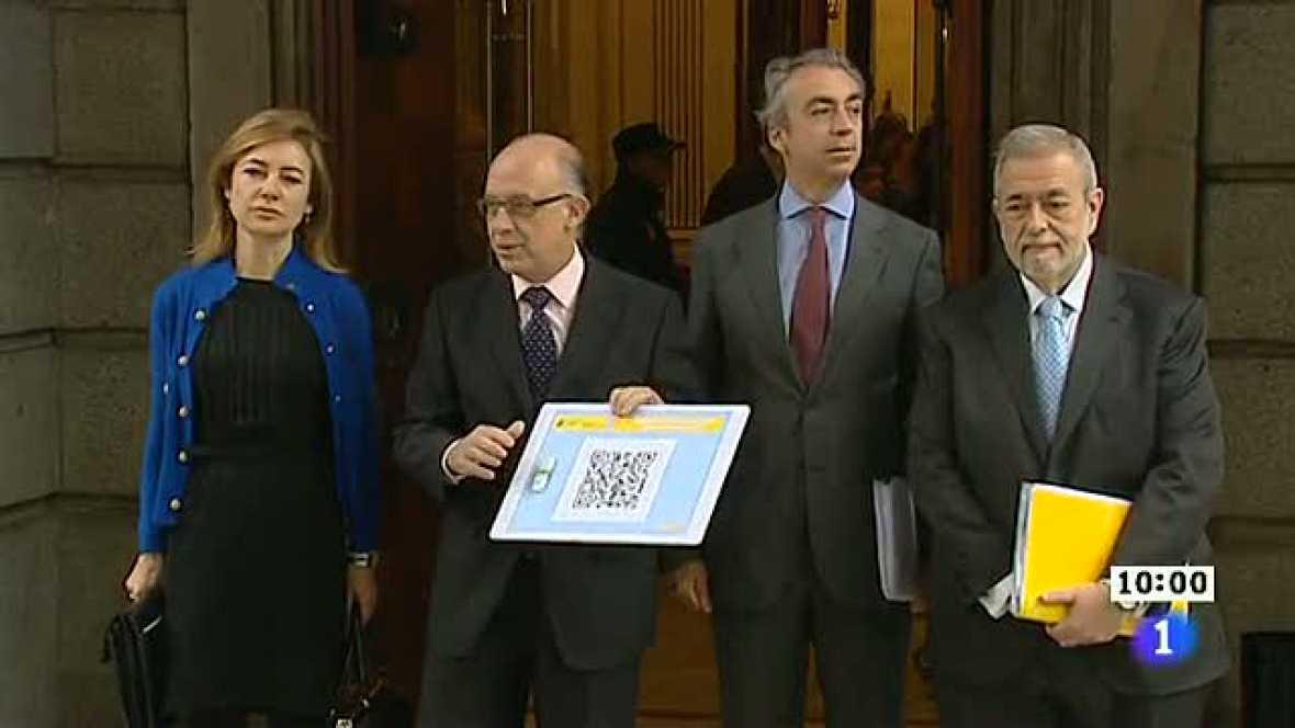 El ministro de Hacienda llega al Congreso para presentar los Presupuestos 2012
