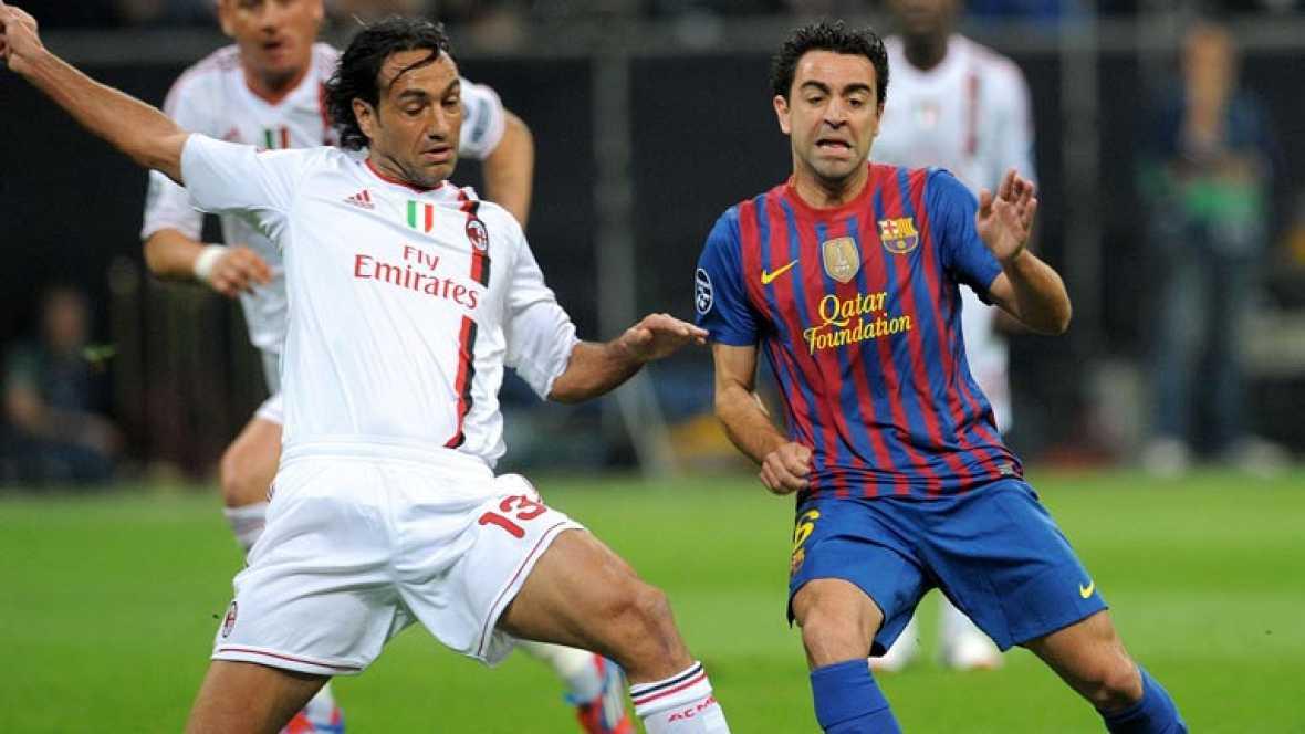 En el Barcelona toda la atención centrada en Xavi, que lleva unas semanas tocado. Esta mañana se le ha hecho una última prueba, en el suave entrenamiento del equipo