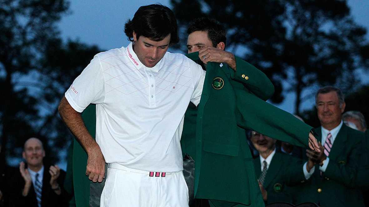 El estadounidense Bubba Watson, de 33 años, conquistó la edición número 76 del Masters de Augusta, tras derrotar en el segundo hoyo del desempate al surafricano Louis Oosthuizen. Watson, jugador zurdo y el mejor 'pegador' del Tour americano, consigue