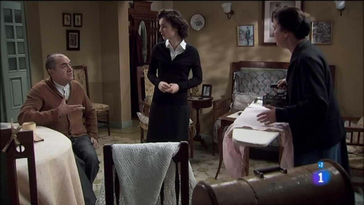 Amar en tiempos revueltos - T7 - Capítulo 152 - Angélica intenta convencer a Viktor de que no corren peligro en Madrid - Ver ahora