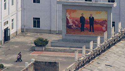 Corea del Norte encumbra a Kim Jong-un en la cúpula militar del país