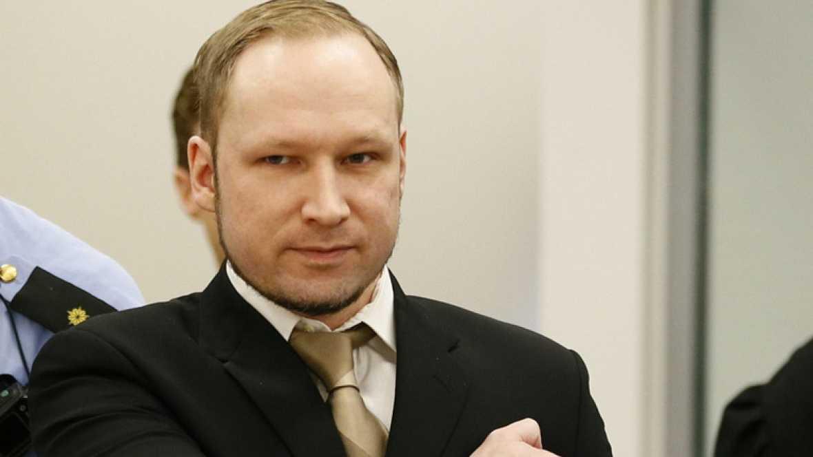 """Breivik reconoce los crímenes pero se declara """"no culpable"""" ante el tribunal"""