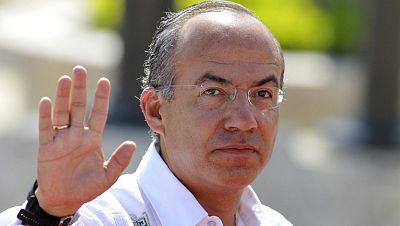 Felipe Calderón pide a Argentina que rectifique