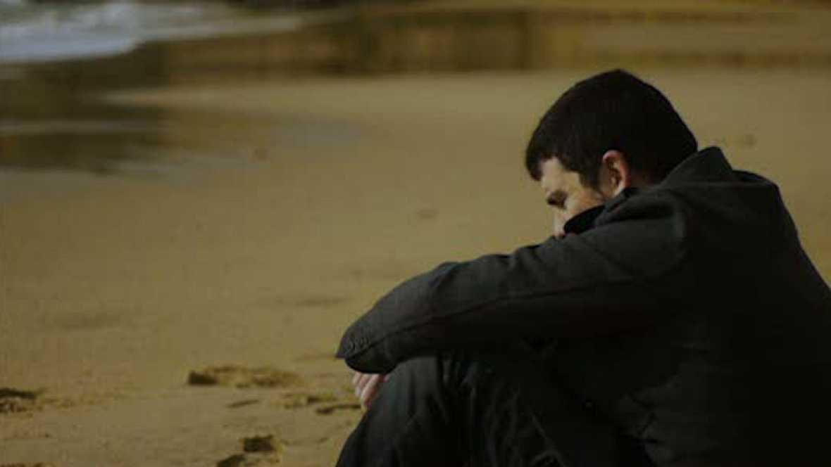Dirigido por Mikel Gil. Sinopsis: La pérdida de su pareja hace que uno siempre sueñe con poder ponerse en contacto con ella donde falleció.