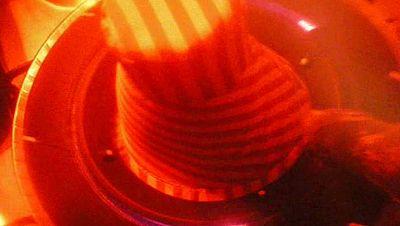 Dirigido por Iván Escoda. Sinopsis: Breve historia de ciencia ficción que nos narra la puesta a punto de una nave sideral antes de iniciar un largo viaje.