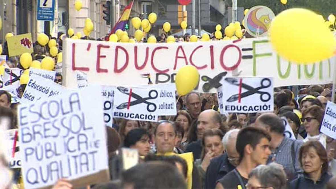 Protesta en Barcelona contra los recortes en educación