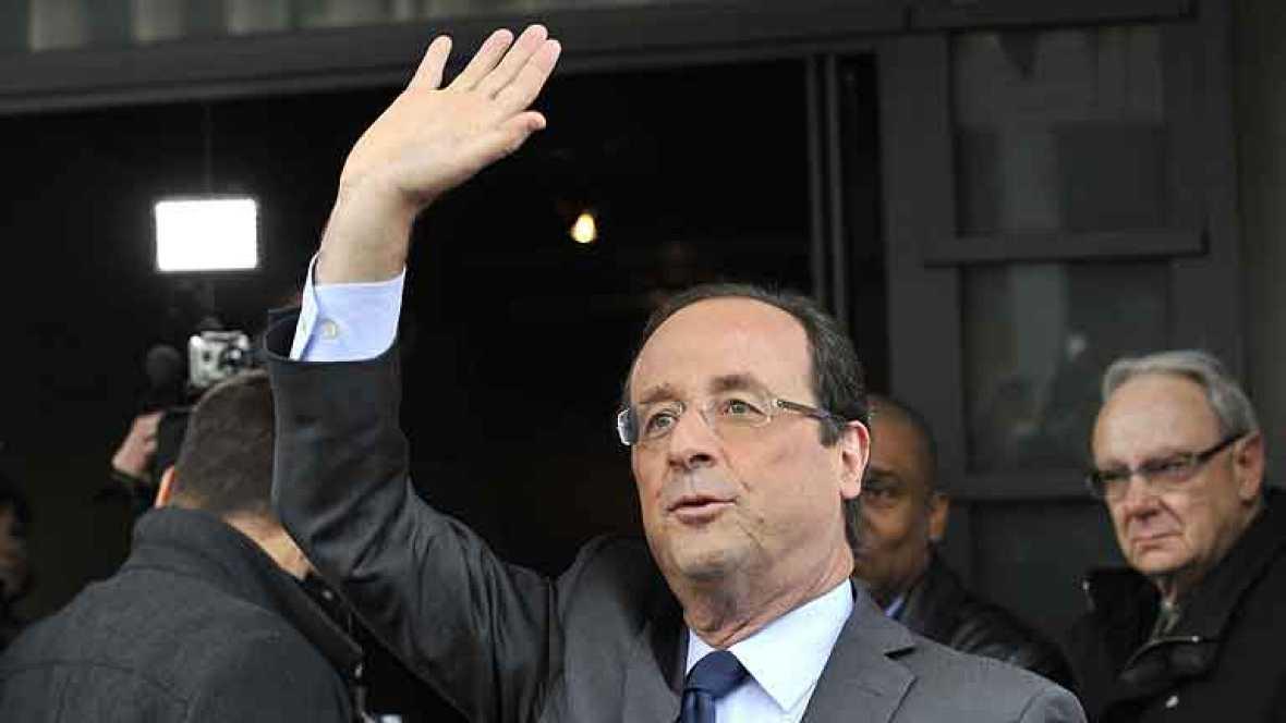 El socialista François Hollande ganó hoy la primera ronda de las elecciones presidenciales francesas y disputará la jefatura del Estado al presidente saliente, Nicolas Sarkozy, el 6 de mayo