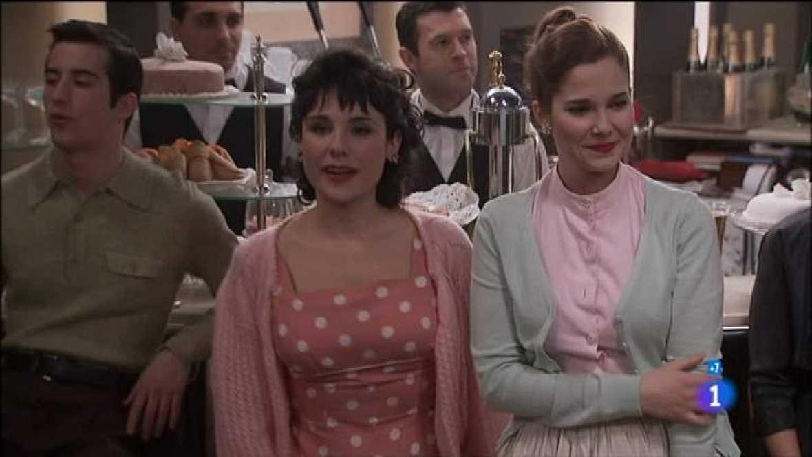 Amar en tiempos revueltos - T7 - Capítulo 160 - Rocío pregunta a Héctor sobre su encuentro con Patiño en Málaga - Ver ahora