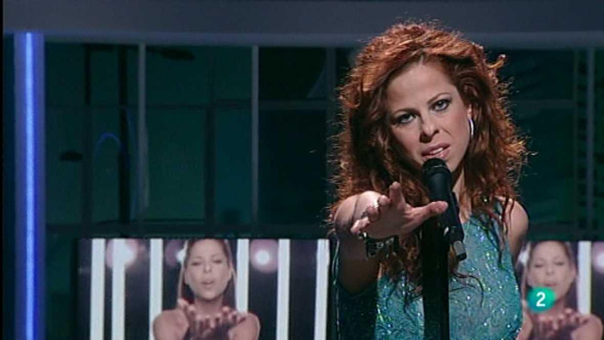 """Pastora Soler visita el programa 'Para todos La 2' para cantar """"Quédate conmigo"""", tema con el que representará a España en Eurovisión 2012 el próximo mes de mayo."""