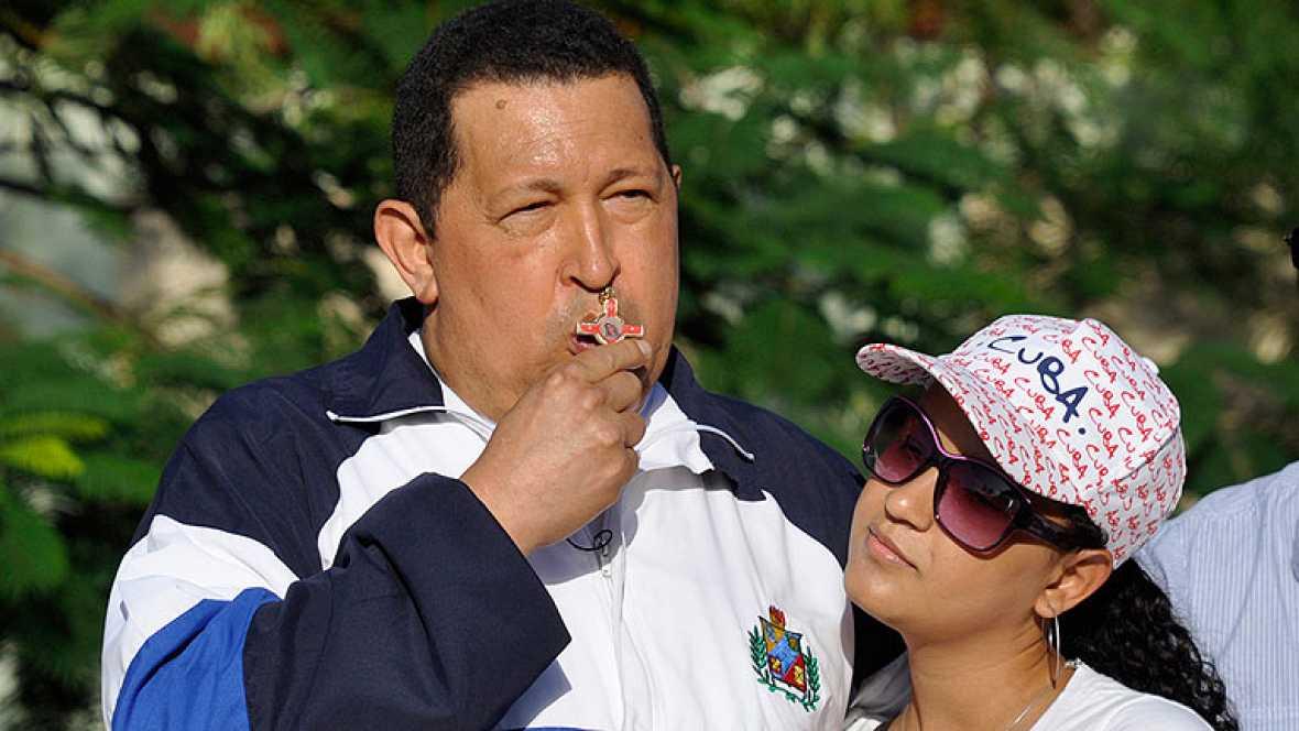 Chávez reaparece tras 10 días de silencio.