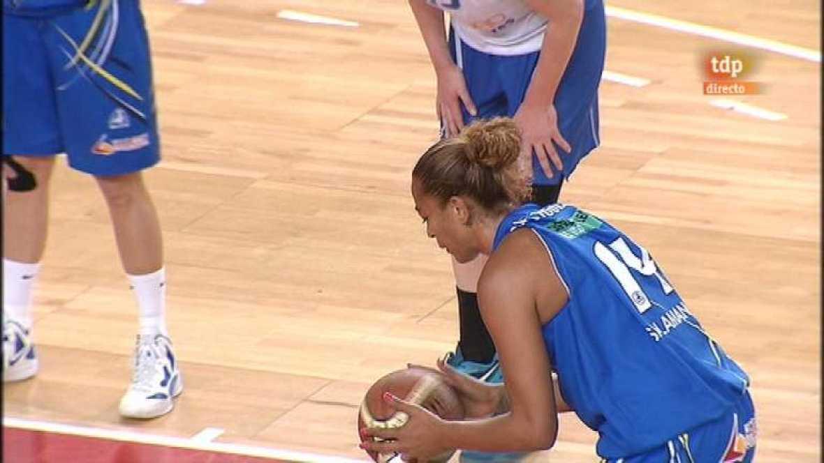 Baloncesto femenino - 2º partido play off - Perfumería Avenida-Ros Casares - Ver ahora