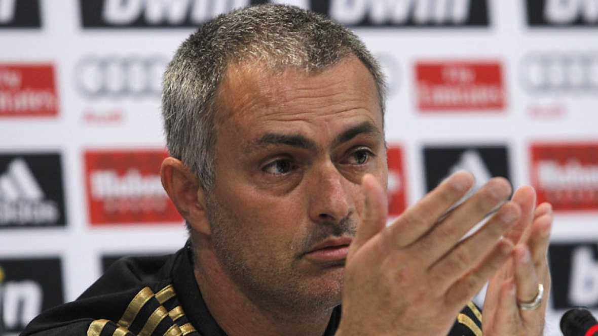 Mourinho espera por su primera liga blanca