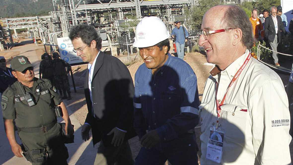 Bolivia expropia la filial de Red Eléctrica mientras estrecha lazos con Repsol