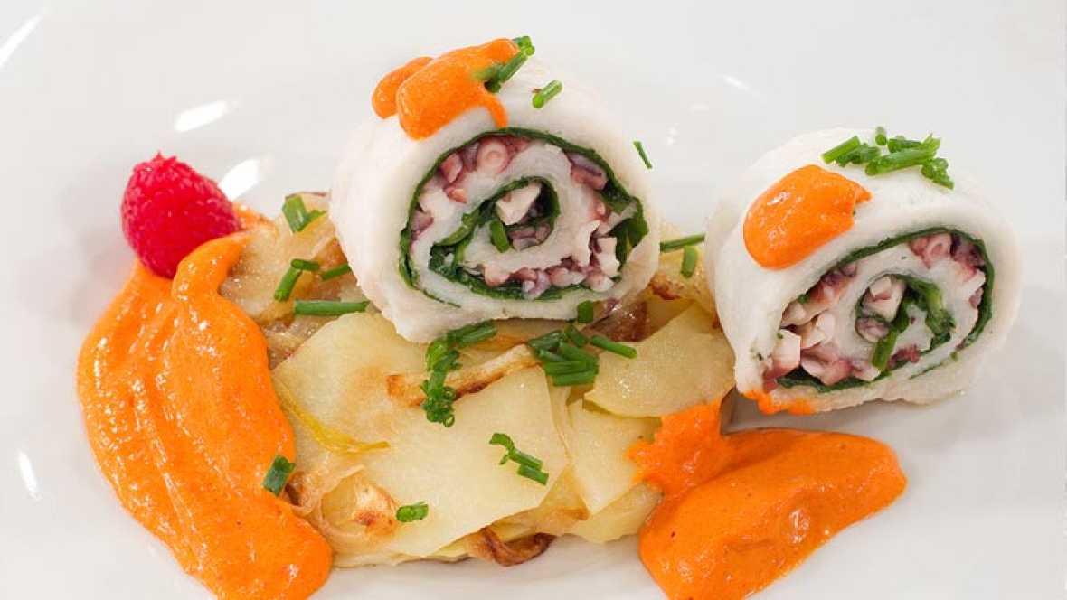 Saber Cocinar - Filetes de gallo rellenos con crema de pimiento rojo (en espuma)