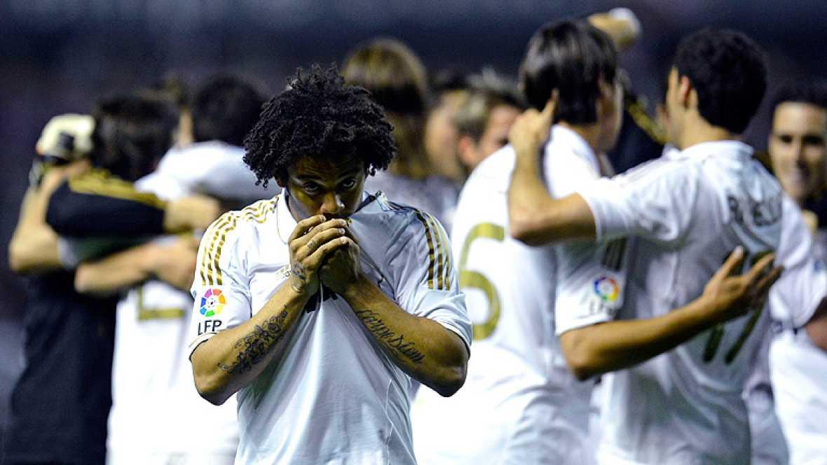 Jugadores y cuerpo técnico hubieran preferido cantar el alirón en el Santiago Bernabéu pero de no poder ser, 'La Catedral del fútbol', San Mamés, era un escenario idóneo. Las celebraciones comenzaron en el césped y continuaron hasta el aterrizaje del