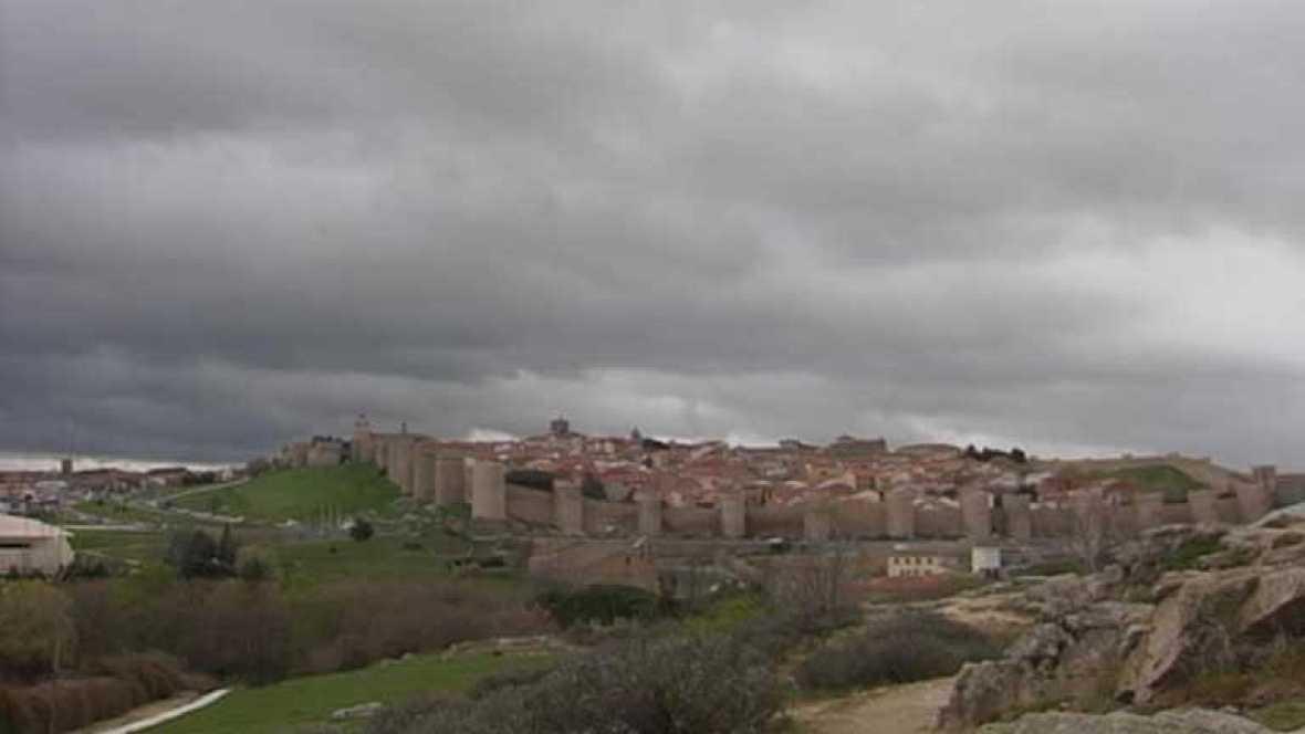 Precipitaciones y nubes en la zona atlántica y Pirineos
