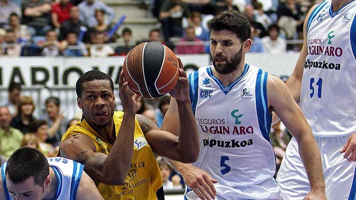 El Lagun Aro GBC, equipo revelación de la temporada, se clasificó en quinta posición de la Liga regular tras derrotar por 93-78 a un serio Gran Canaria 2014.