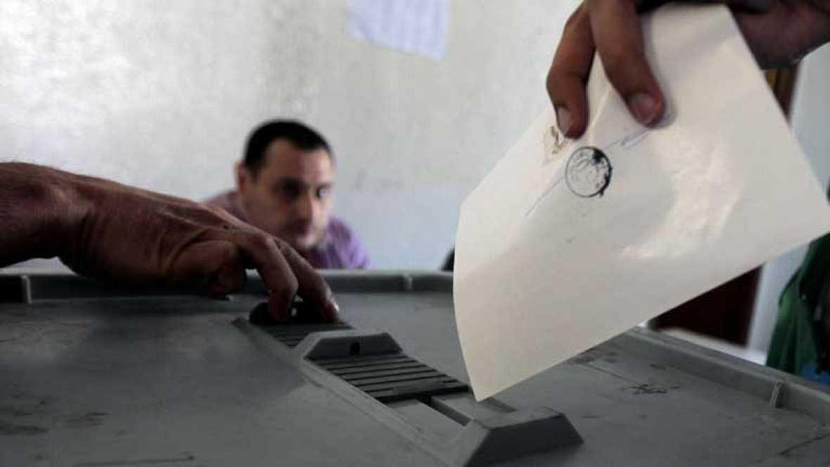 Siria celebra elecciones para elegir un nuevo Parlamento