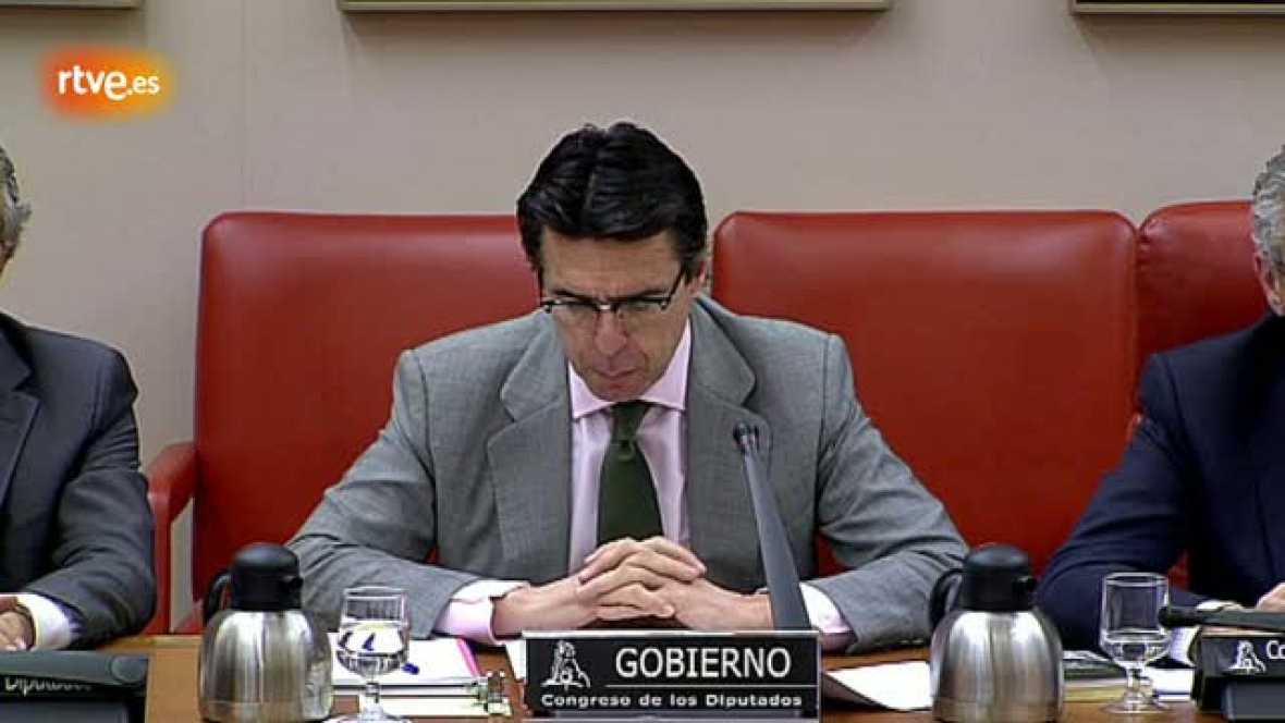 Soria admite que la expropiación de la filial de REE por Bolivia es legal y la diferencia de YPF