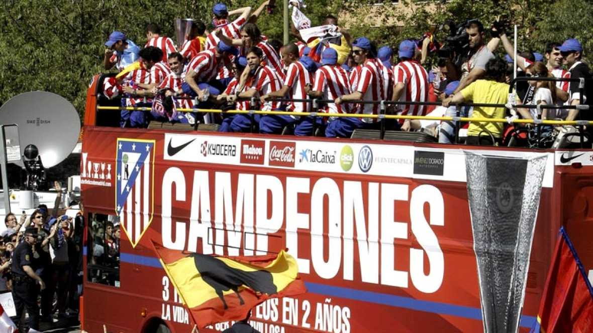 El Atlético de Madrid pasa por el Ayuntamiento