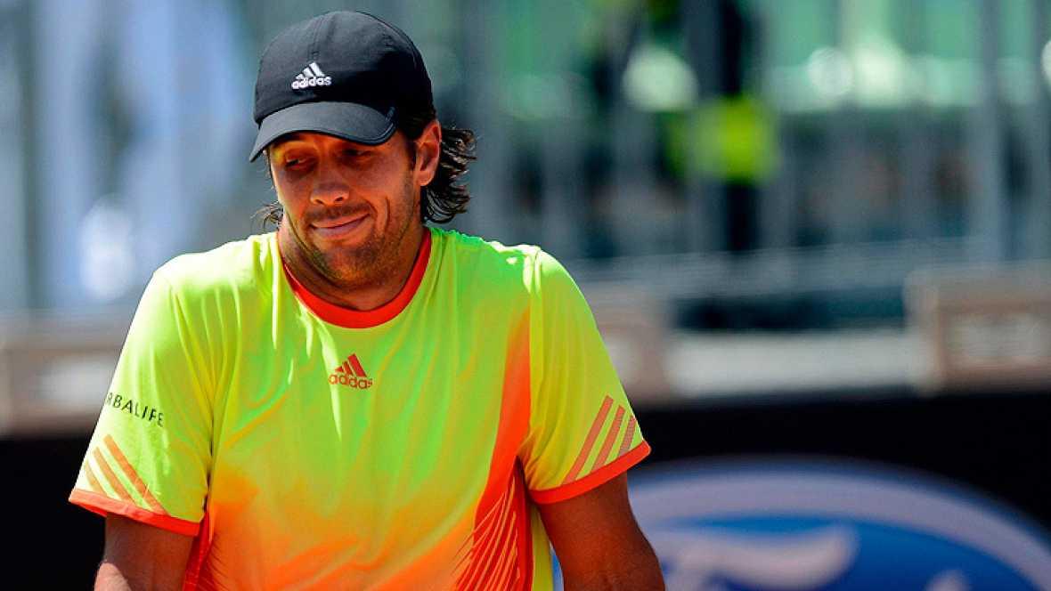 El español Fernando Verdasco ha dicho adiós al Masters 1000 de tenis de Roma al perder en segunda ronda con su compatriota David Ferrer, sexta raqueta del mundo, por 6-3 y 7-6(3). Ferrer necesitó casi dos horas para deshacerse de Verdasco, quien lleg