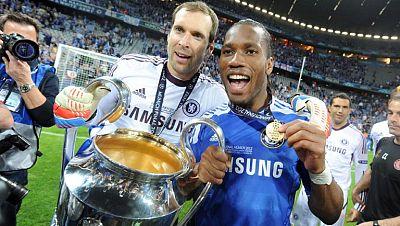 Delantero y portero, dos de las figuras veteranas del conjunto londinense, fueron lo mejor del Chelsea en la final ganada al Bayern en el Allianz Arena de Múnich. El primero apunta al Balón de Oro.