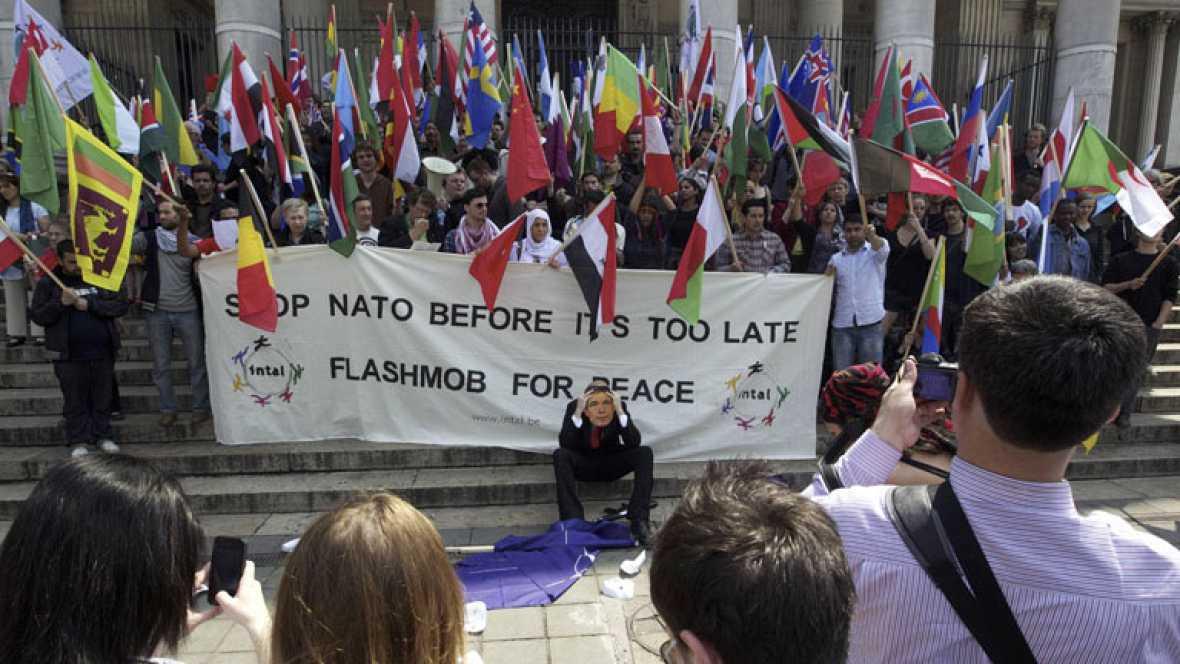 ¿Cómo están divididas las tropas de la OTAN en Afganistán?