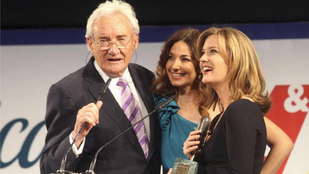 María Casado, Xabier Fortes y Mariló Montero, Micrófonos de or