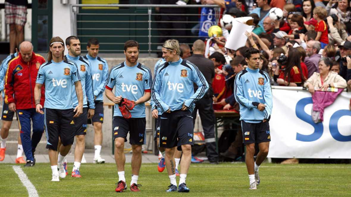 Los veintitrés jugadores convocados para la Eurocopa de Polonia y Ucrania quedarán concentrados esta mañana, a partir de las 11:30h, en la Residencia de la Ciudad del Fútbol de Las Rozas.