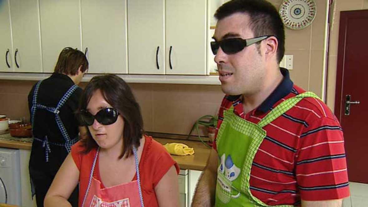 Clases de cocina para ayudar a los ciegos a valerse por sí mismos