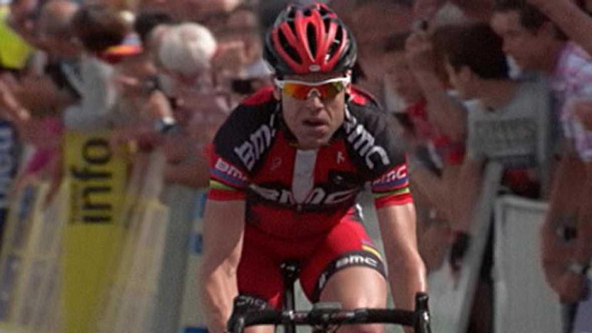 El ciclista australiano Cadel Evans se ha adjudicado la primera etapa de la Dauphiné Liberé, al vencer al esprint al francés Jerome Cappel y al kazajo Andrei Kascheckin.