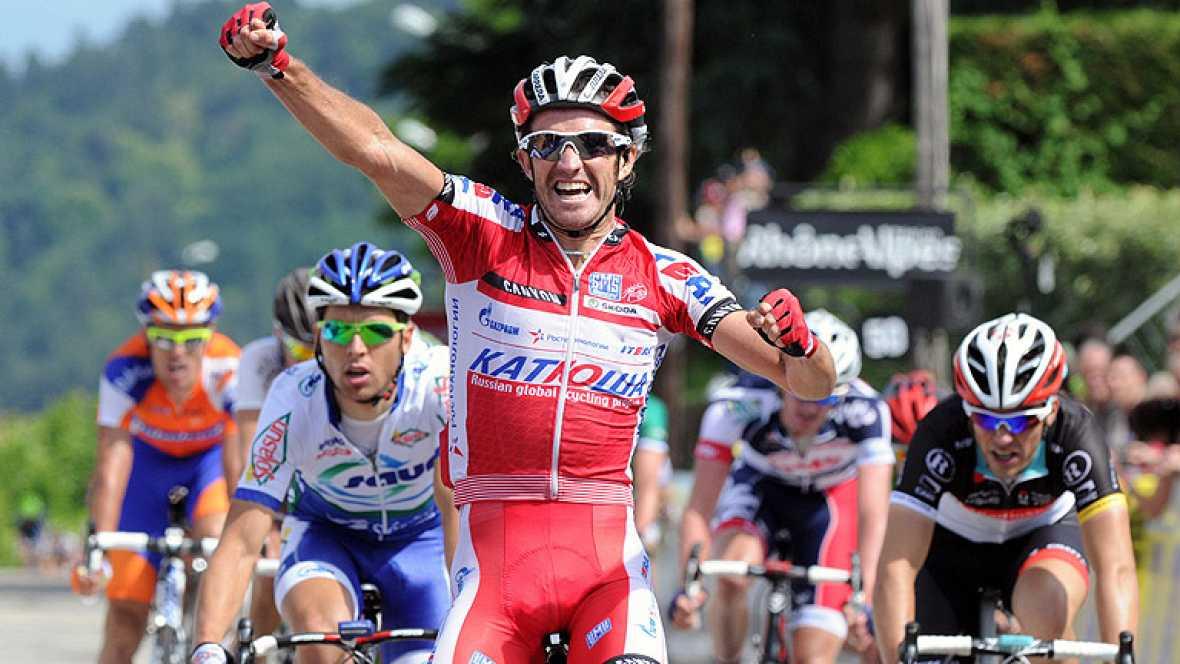 El español Dani Moreno, del Katusha, ha sido el ganador de la segunda etapa de la Dauphiné, en Francia, entre Lamastre y Saint-Félicien, de 160 kilómetros, en la que el británico Bradley Wiggins, del Sky, mantuvo el maillot de líder.