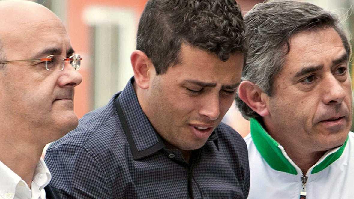 Cientos de personas han visitado la capilla ardiente de Manolo Preciado, fallecido este jueves en Valencia.