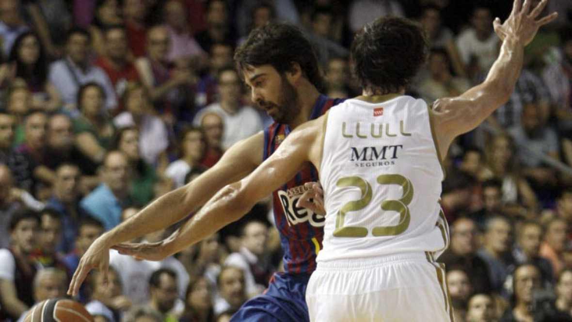Esta noche a las 22:00 h. y por La 1 Barcelona-Real Madrid, segundo partido de la final de la Liga de baloncesto. Lleno a reventar en el Palau Blaugrana con ventaja para el Barça por una victoria.