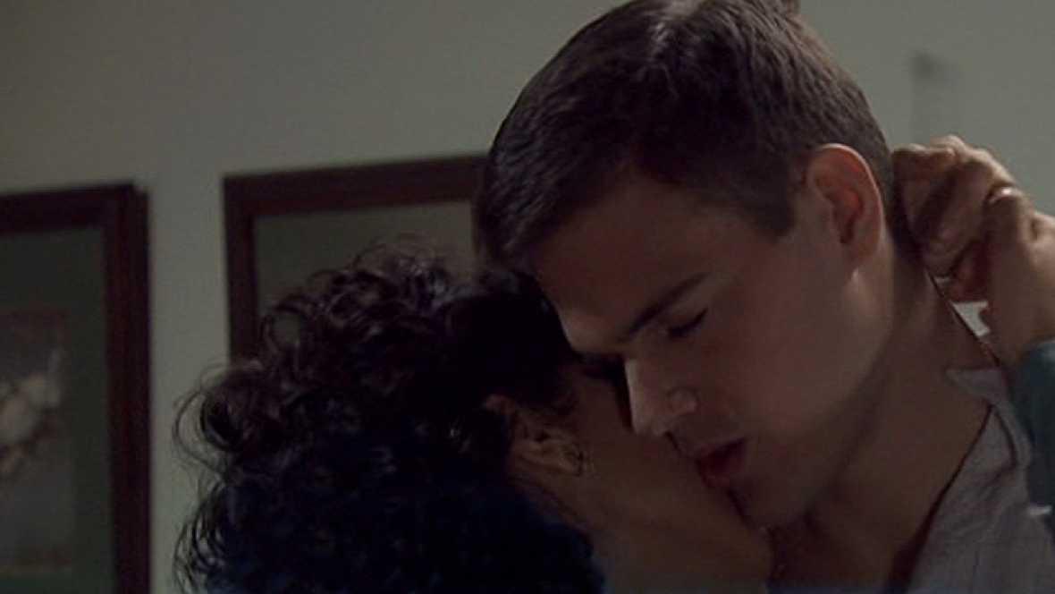 Amar - La lujuria de Alberto y Daniela: la traición a Cecilia