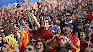 España se echa a la calle para ver a la Roja