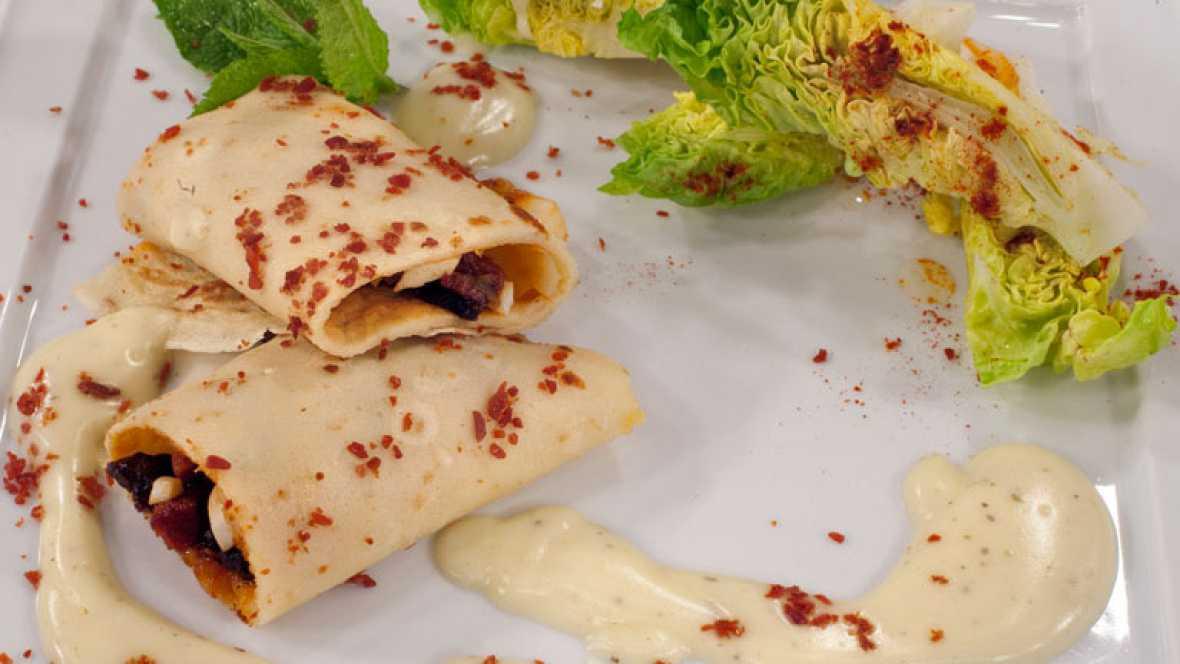 Crepes de ibéricos en salsa blanca