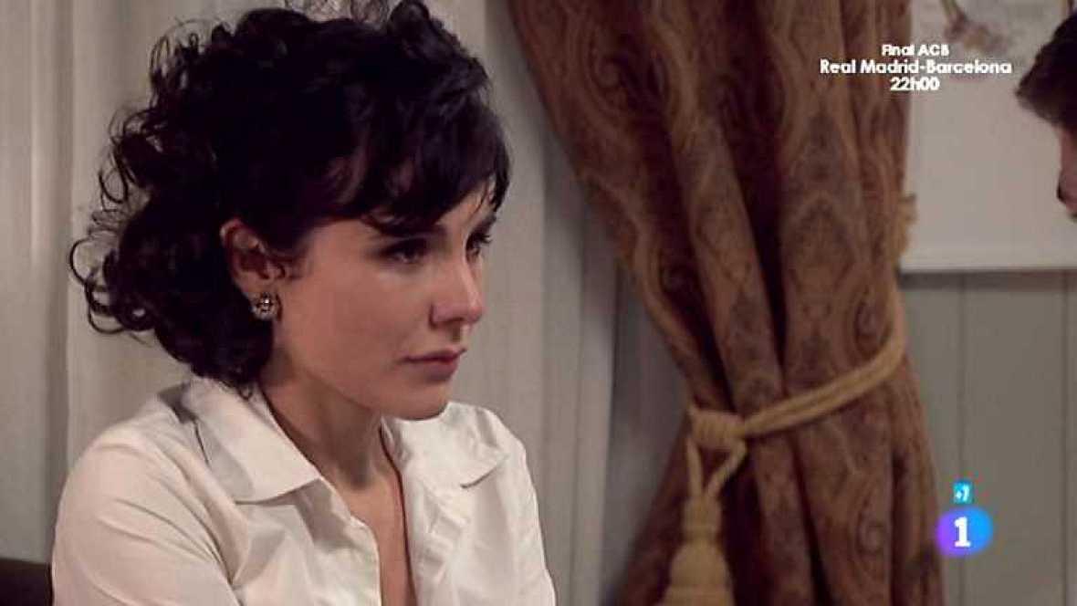 Amar en tiempos revueltos - T7 - Capítulo 194 - Daniela, tras el rechazo de Alberto, le cuenta a Cecilia que Willy ha roto con ella - ver ahora