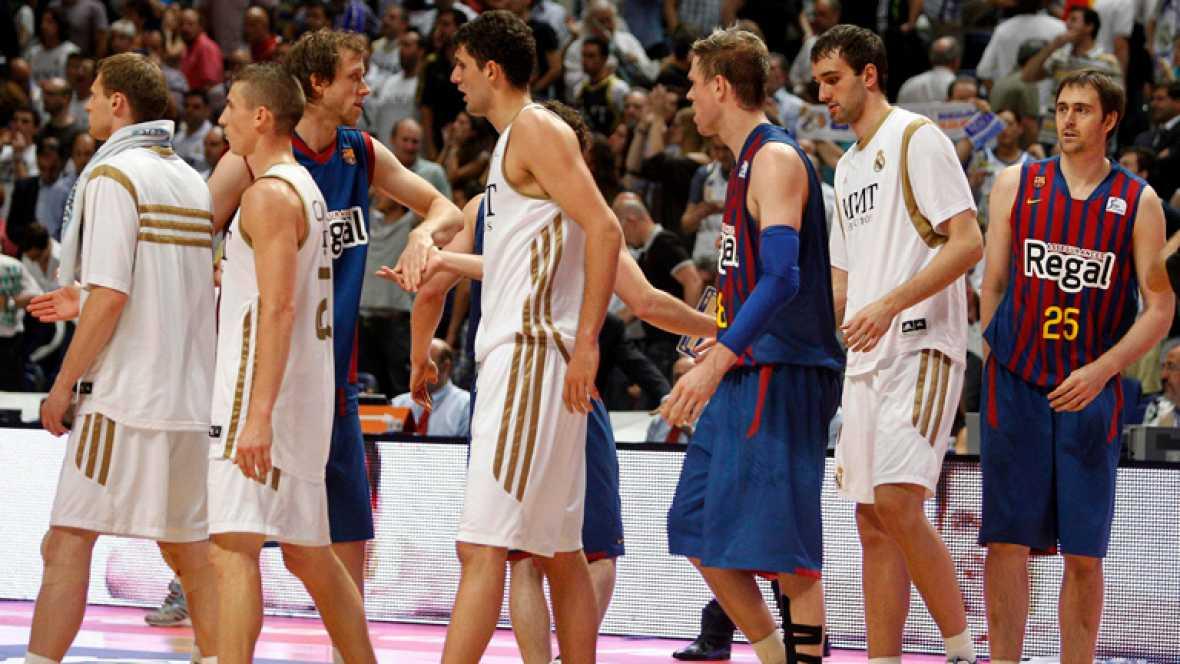 El Barcelona Regal forzó el quinto partido en la serie final por el título de la liga española de baloncesto, tras derrotar al Real Madrid, en el cuarto encuentro, por 75-81.