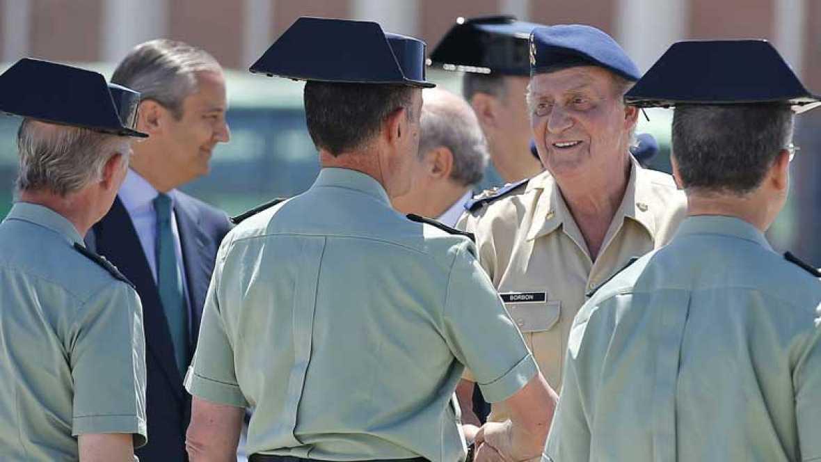 El Rey expresa en Algeciras su apoyo a la Guardia Civil y a los pescadores