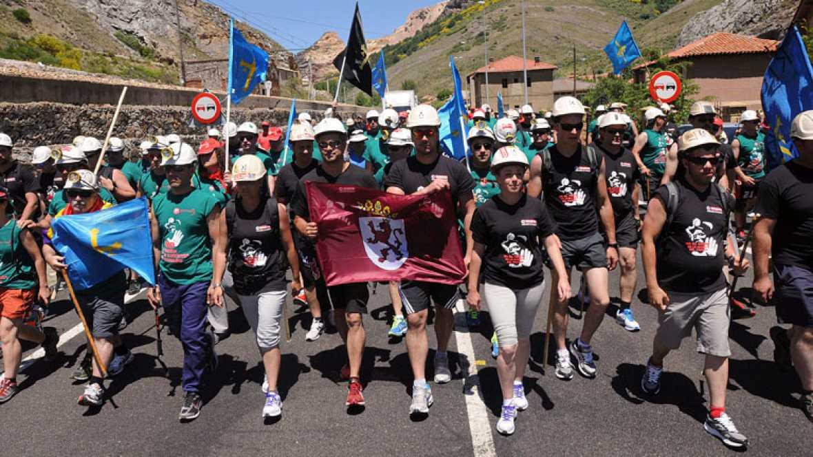 """""""Marcha negra"""" de mineros del carbón hacia Madrid"""