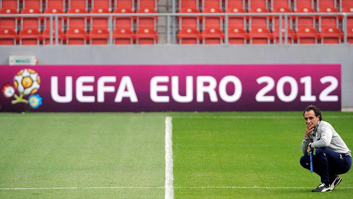 La selección alemana de fútbol tendrá que remar contra la historia si quiere pasar a la final de la Eurocopa de Polonia y Ucrania, a la que opta también Italia, que nunca ha sido eliminada ni vencida por el conjunto germano en una gran competición in