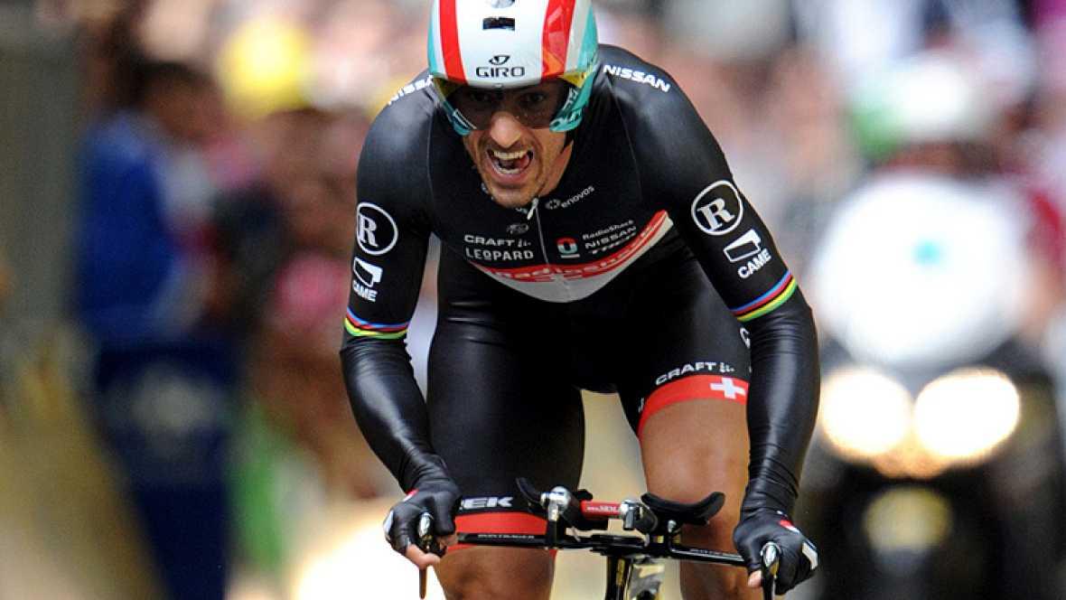 El suizo Fabian Cancellara, del equipo RadioShack, se impuso hoy en la etapa prólogo del Tour de Francia 2012, una contrarreloj individual de 6,1 kilómetros con salida y meta en la ciudad belga de Lieja. Cancellara, campeón olímpico y cuatro veces ca