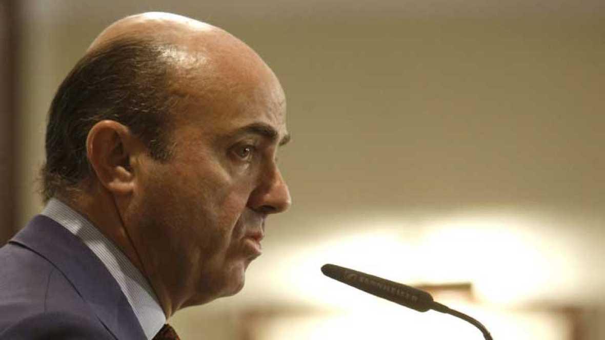 De Guindos confirma que habrá nuevos ajustes en las próximas semanas
