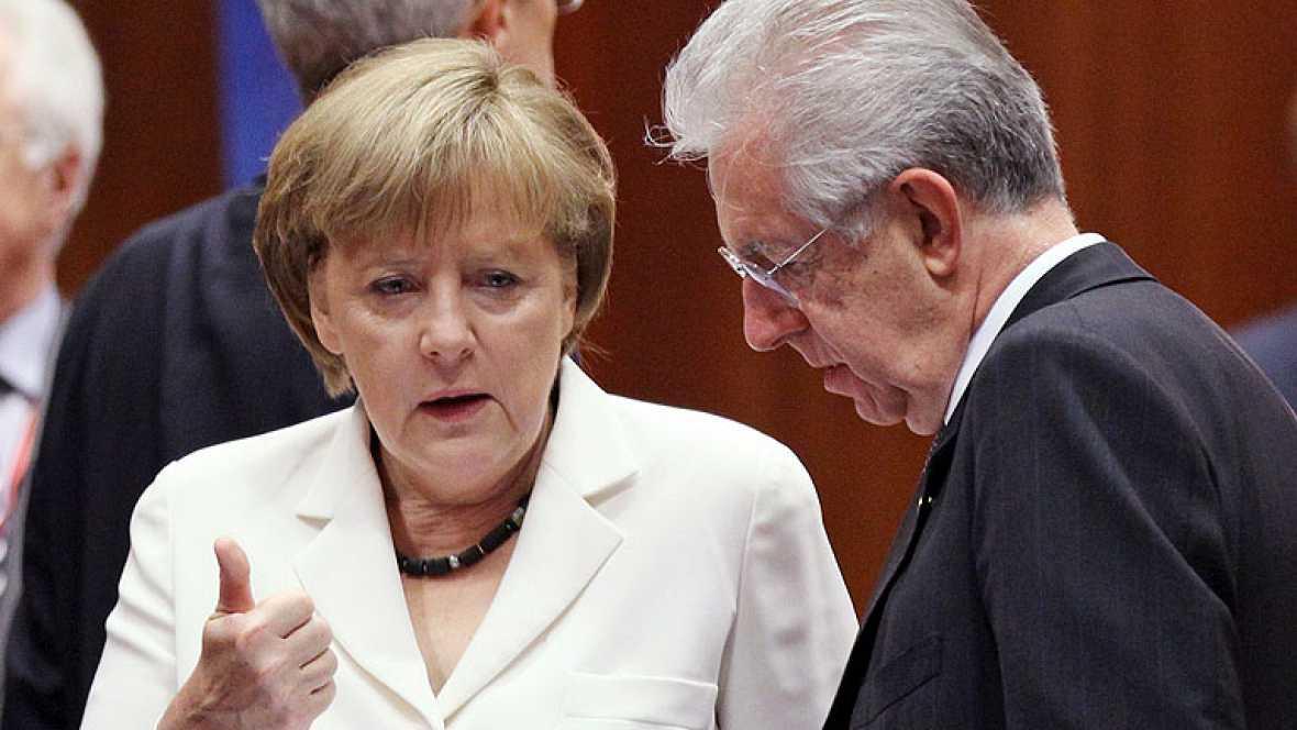 Merkel y Monti se reúnen en Roma tras la cesión de Alemania en el Consejo Europeo
