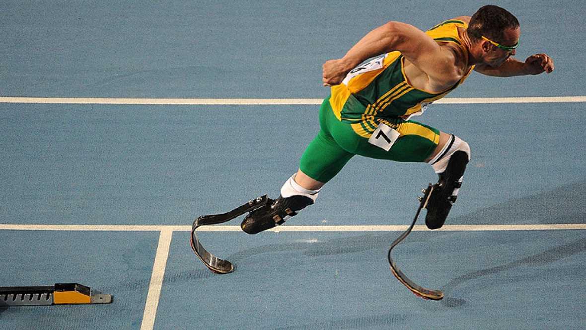 La estrella paralímpica Oscar Pistorius podrá hacer realidad su sueño de disputar unos Juegos Olímpicos, al ser incluido por el Comité Olímpico sudafricano como parte del equipo de 4x400 para Londres 2012.